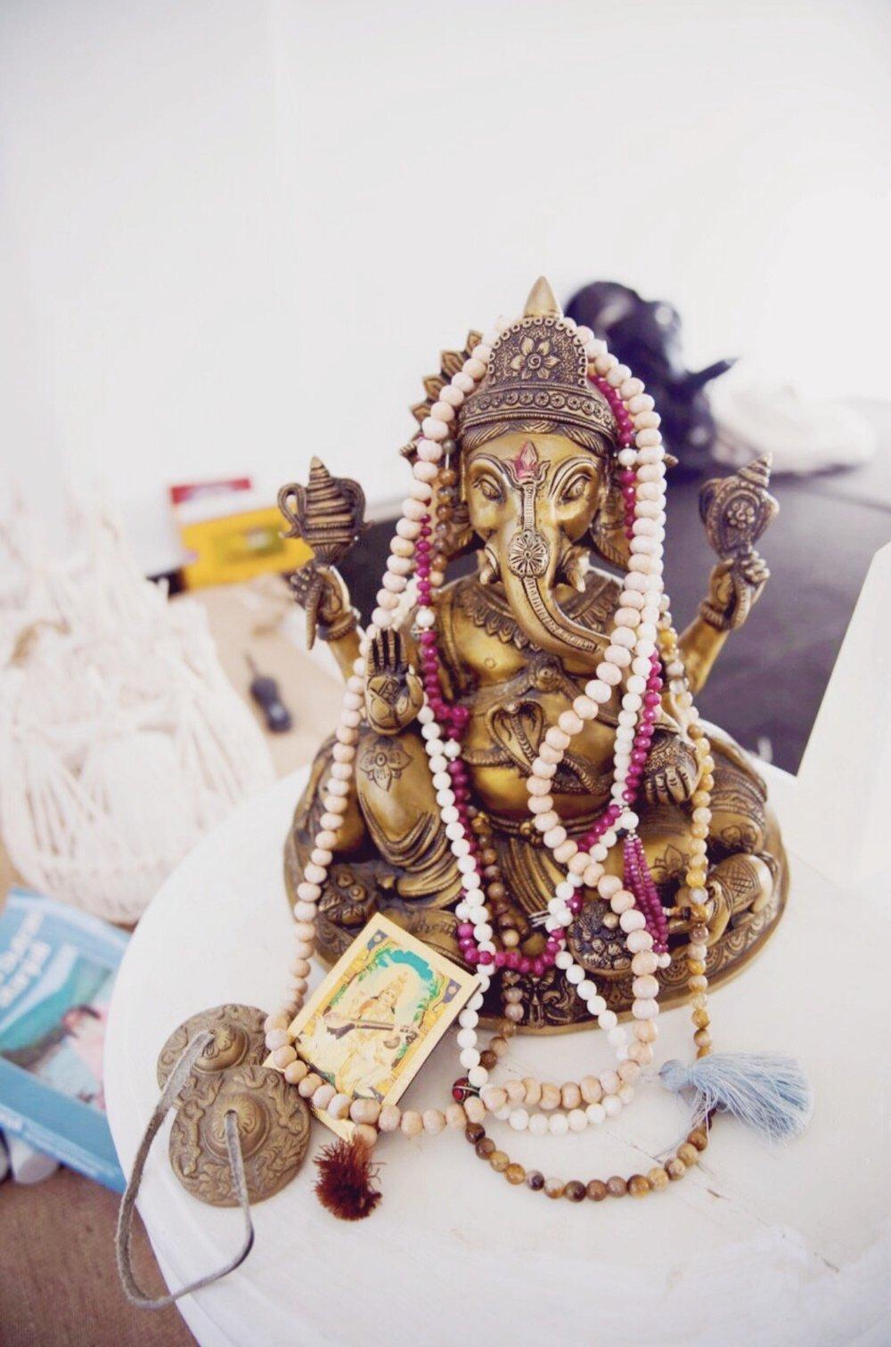 Ganesha & Malas 📿🐘📿