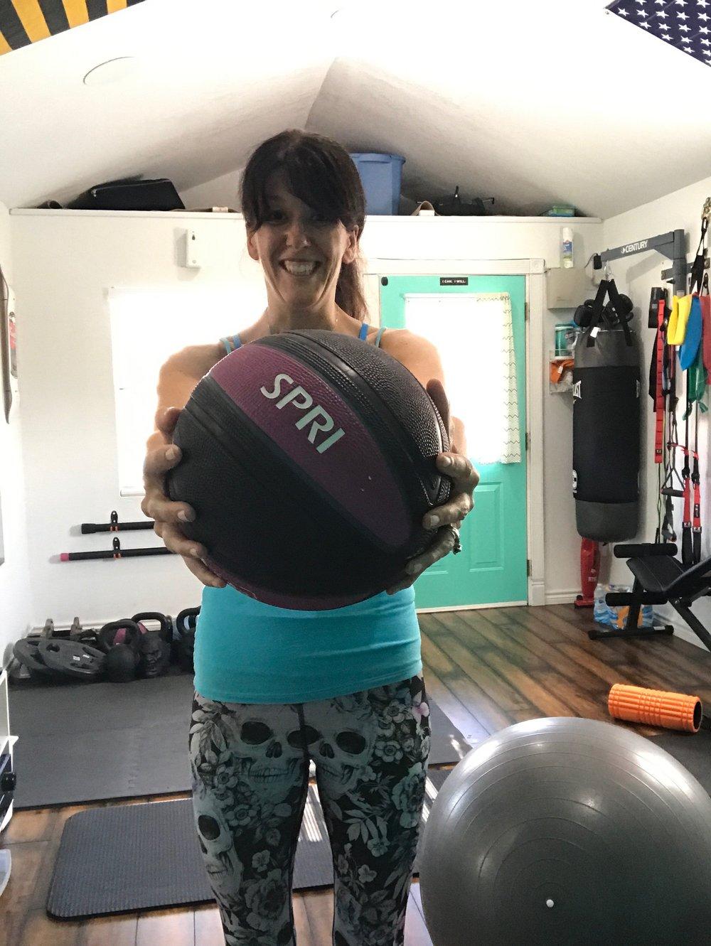 lea genders fitness med ball.JPG