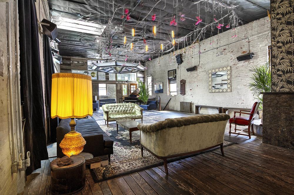 198 N 4th - Loft Sofa Corner Lit.jpg