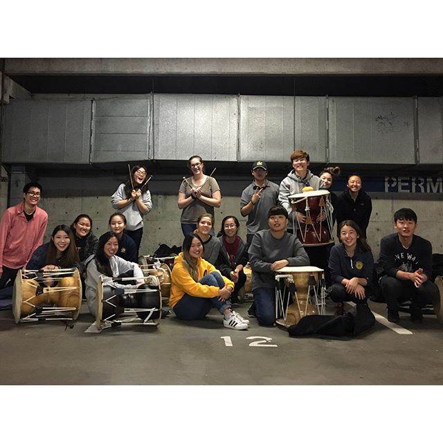 Decal in the less than glamorous shelter of the RSF parking garage isn't a bad way to spend rainy Wednesday nights when it's with these people! Lots of love to this semester's decalers and a big congrats to finishing your last practice before showcase!!!!❤️💛💙 #buk #changgu #lovelydecalers #ego #ucberkeley #berkeley #samulnori #utdari #ulssigo #rainywednesdays #rsf #decal #workhardplayhard