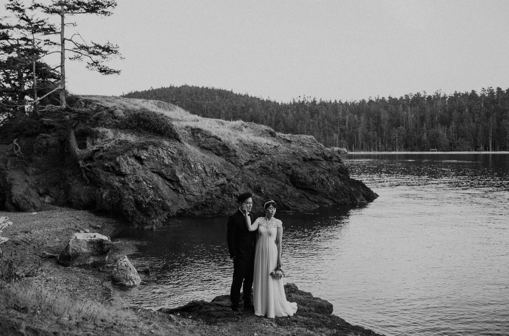 engagement and wedding photography in Seattle