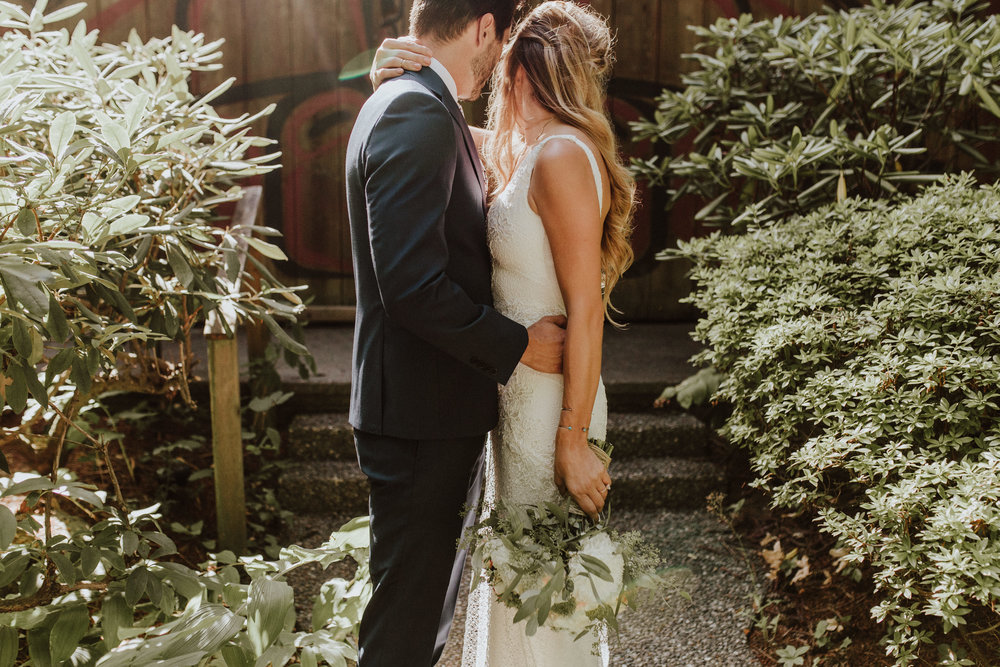 wedding photographer in seattle