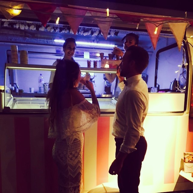 Amelia & Will loved choosing their favourite @baylato gelato flavours to share with guests on their wedding day! The Baylato van was a gorgeous inclusion to their reception and guests loved the unique dessert service 🍦🍦