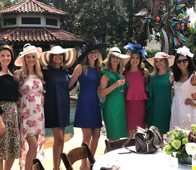 Hanging with your friends and supporting the children's museum ✔️✔️ and maybe a target/ coffee/ friend date after ....👌 Tuesday! 👒🌷💗👯‍♀️ love y'all😘😘😘