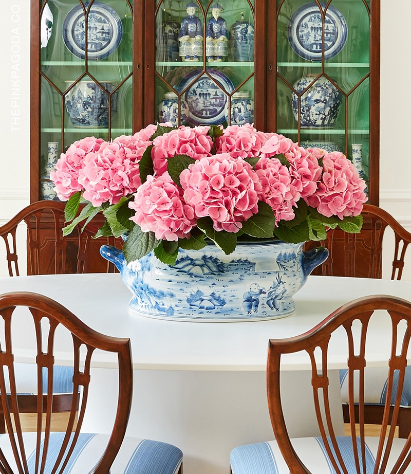 The Pink Pagoda's One Room Challenge dining room with blue and white