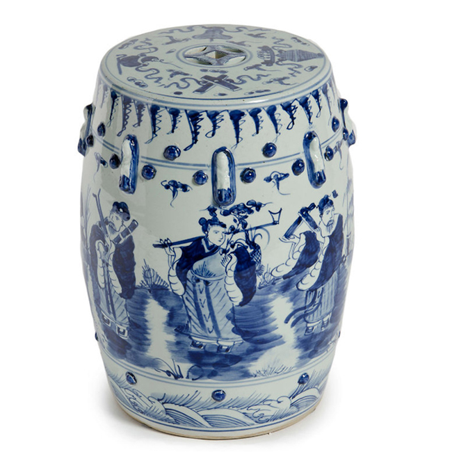 blue-and-white-lion-tea-jar.jpg