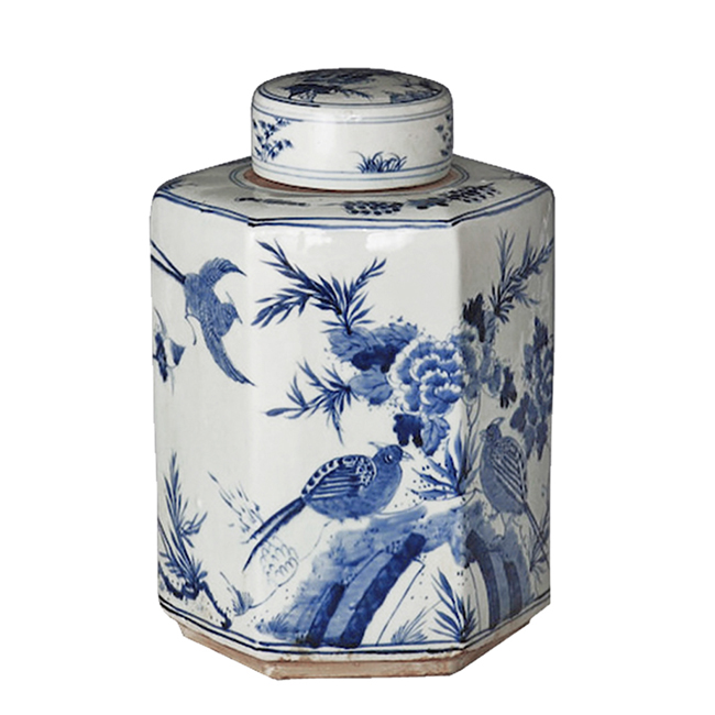 blue-and-white-lion-tea-jar-2.jpg