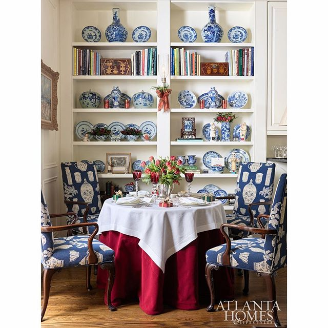 "I've always been a @judybentley333 fan, so I was thrilled to share the @atlantahomesmag feature of her lovely home holiday ready!  I have several more images on my site today — click through my profile to ""postings"" to see Christmas classically and beautifully done 🎁 📷 @dhcphoto . . . . . #interiordesign #christmasdecor #christmas #interiors #diningroom #diningroomdecor #tabledecor #tablescape #holidaydecor"