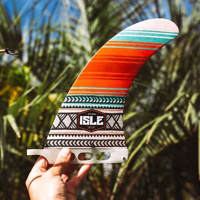 🌴GIVEAWAY!🌴 Look what we found looking all fintastic! Want to win this custom, Limited Edition ISLE Surf & SUP fin? (Normally only available when you purchase the board.) Here's what you need to do: 1. Follow @ISLEsurfandSUP and @SUPrents 2. 'Like' this post 3. Tag 2 friends in the comments. Winner announced on Friday, 2/22 - good luck!