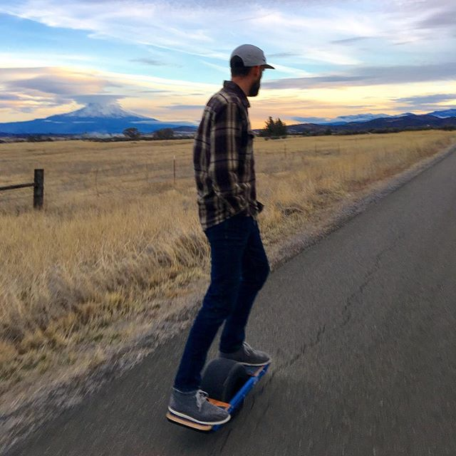 Get your Onewheel+XR rental booked now. SUPrents.com delivers the Onewheel+XR directly to your door with free shipping both ways!  Start your adventure anywhere in the USA today! #suprents #onewheel #rentthegearowntheexperience #onewheelxr