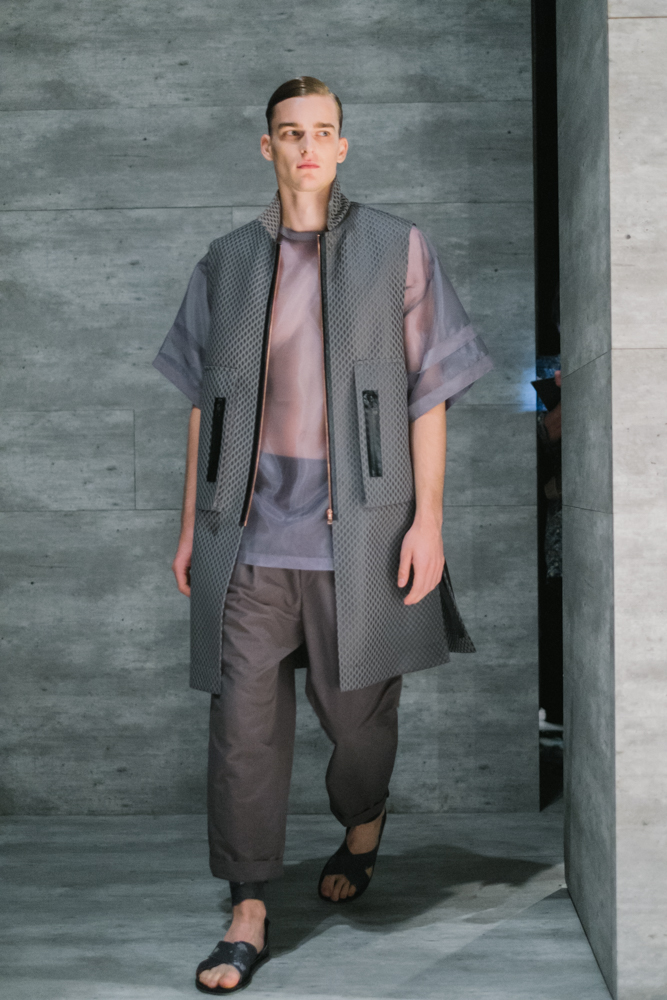 resurrection-by-juyoung-lee-conceptkorea-nyfw-ss15.jpg