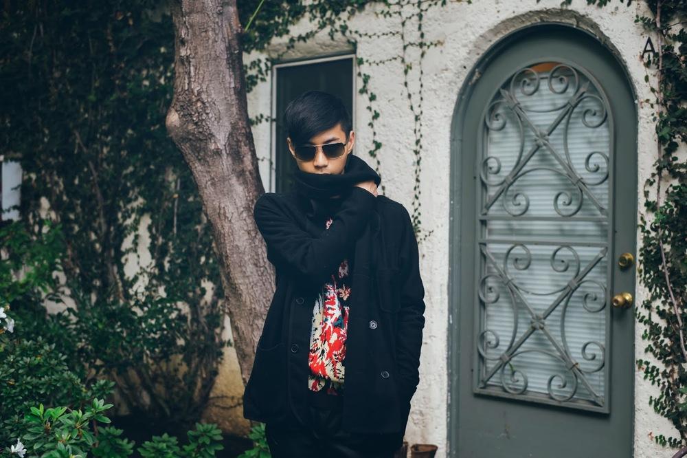 mybelonging-tommylei-asos-menswear-palmtree-sweater-5.jpg