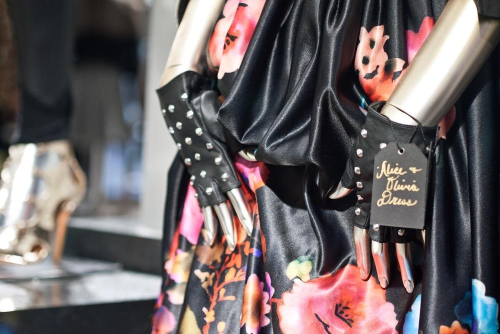 mybelonging-tommylei-glendaleblooms-bloomingdales-glendalegalleria-fashionblogger-13.jpg