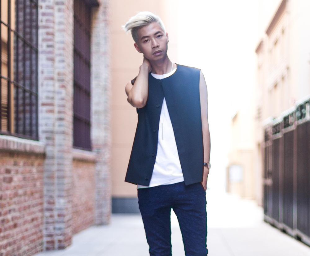 cos-sleeveless-blazer-unisex-menswear-mybelonging-tommylei-21.jpg
