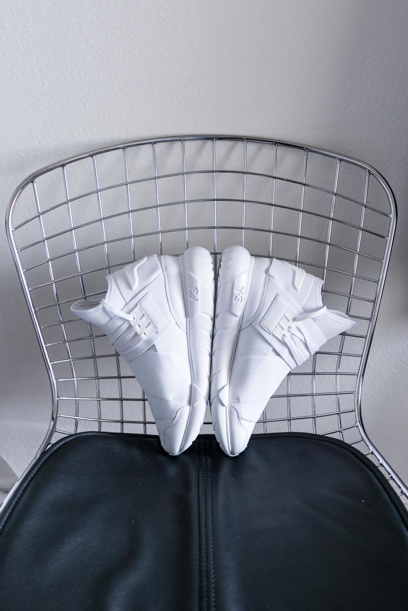 34dea2bbe54 The White Summer Sneaker  Y-3 ADIDAS QASA — MYBELONGING - High Fashion