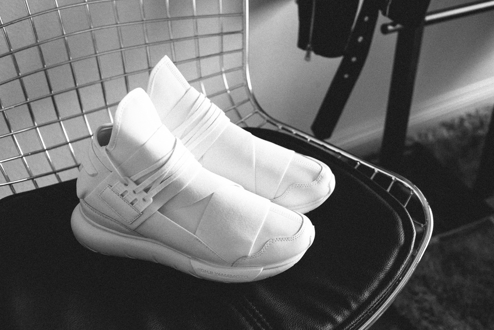 2426bc2ff65 The White Summer Sneaker  Y-3 ADIDAS QASA — MYBELONGING - High ...