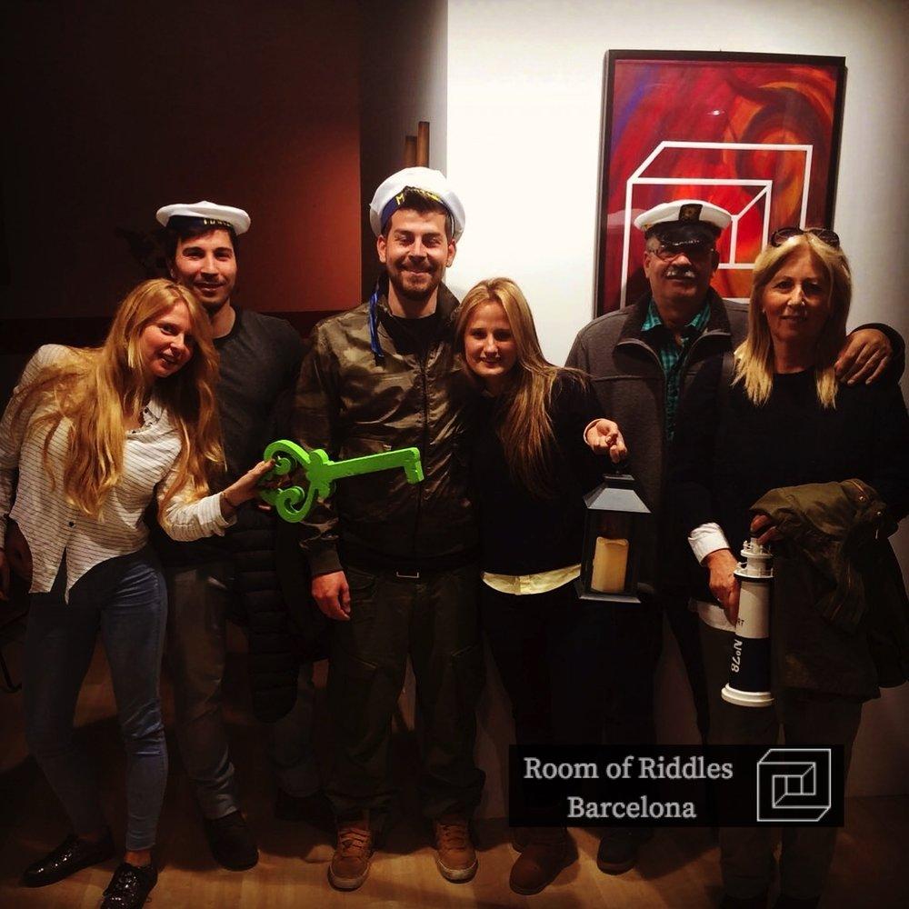 Grupo de amigos Escape Room Barcelona