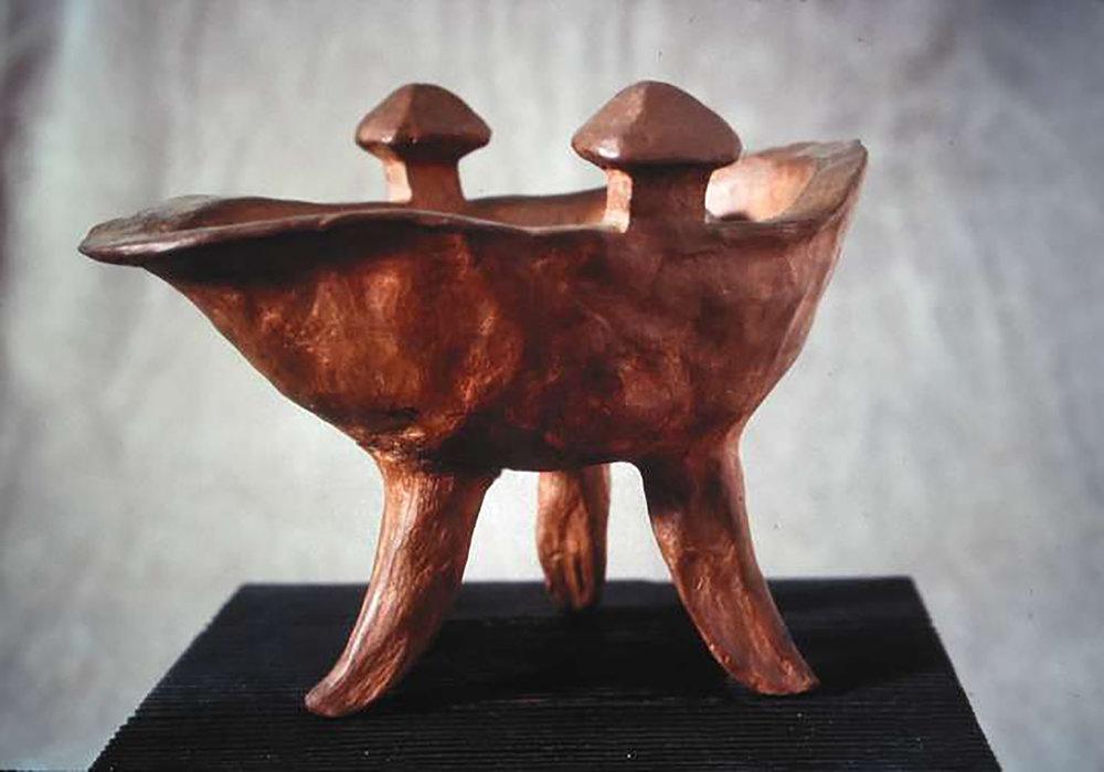ceramic_pot_ch_bronze.jpg