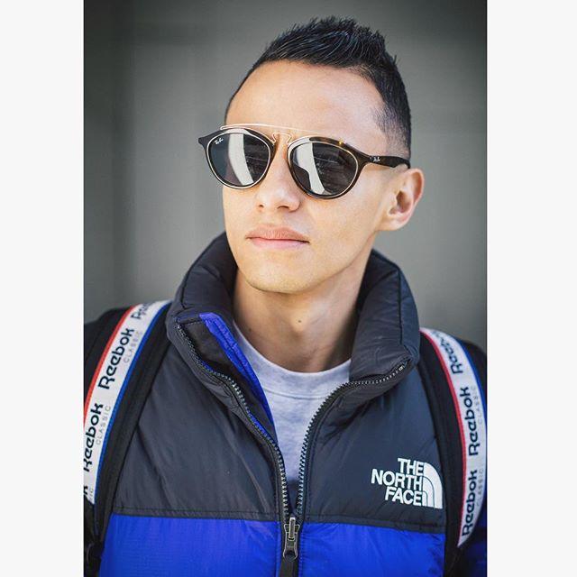 ECHO . . . #portrait #noreason #fall #color #blue #weekend #portrait #me #guy #instagay #man #mode #style #malefashion ##streetstyle #winter #menstyle #life #switzerland #zurich #follow #like