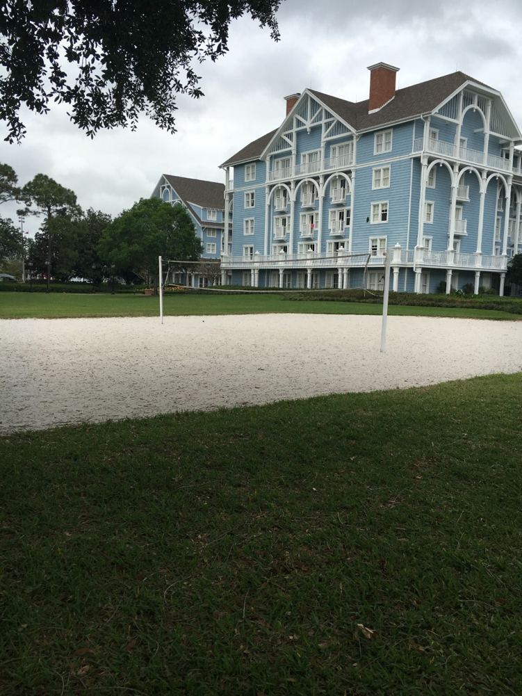 This volleyball court is just waiting for players!