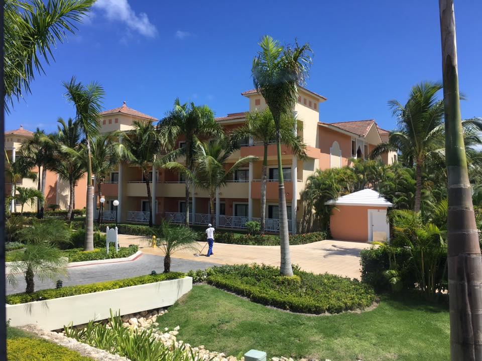 Grand Bahia Principe bldg.jpg