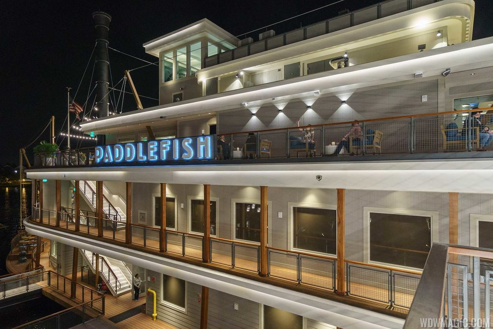 Paddlefish_Full_29590.jpg