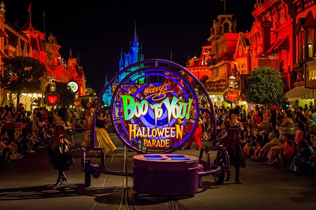 Top 5 Tips to get the most out of Mickey's Not-So-Scary Halloween ...