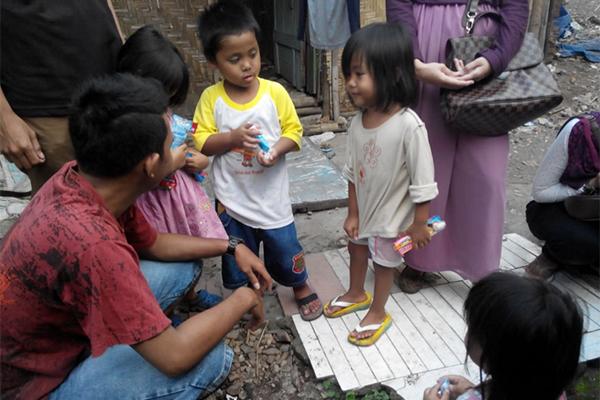 SAVE_STREET_CHILD_JOGJA_2