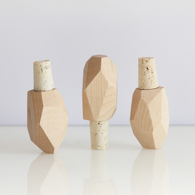 wood-bottle-stopper-gift-guide-hostess-host.jpg