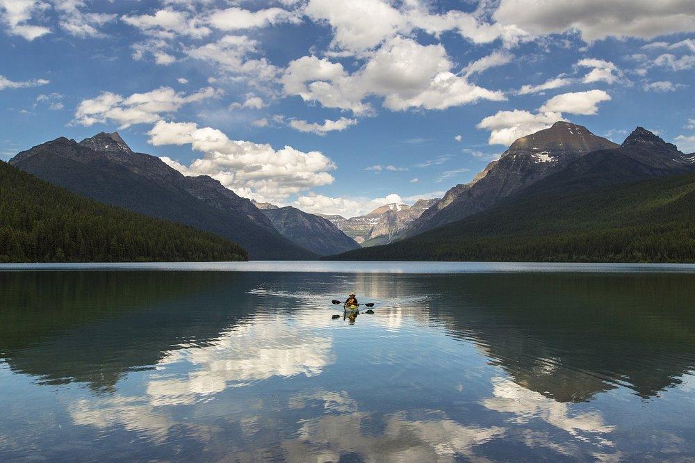 lake-mcdonald-1583654_1280.jpg
