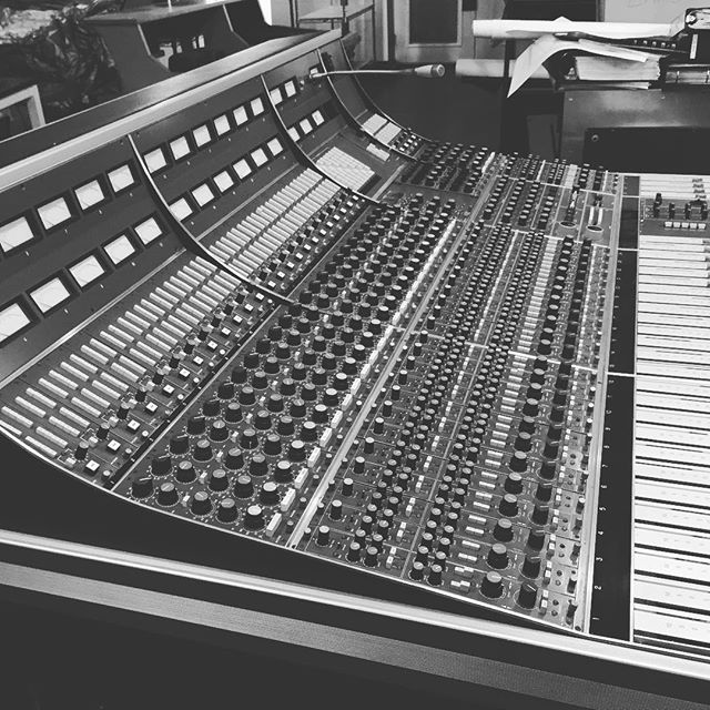 When one is straight up honest; a Neve 8058 is basically the best all around console ever made. Not a mix machine and it's certainly lacking in modern features but just the sonic power and simplicity of this desk is perfection.  This one is a top example currently for sale via Vintage King. #goals #neve #outofthebox #studiolife