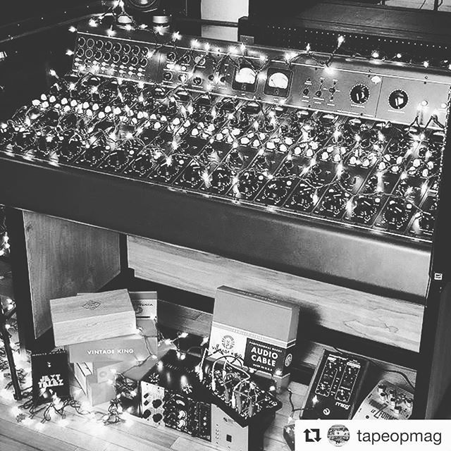 Happy Holidays!!! #the45factory #treeaudio #studiolife