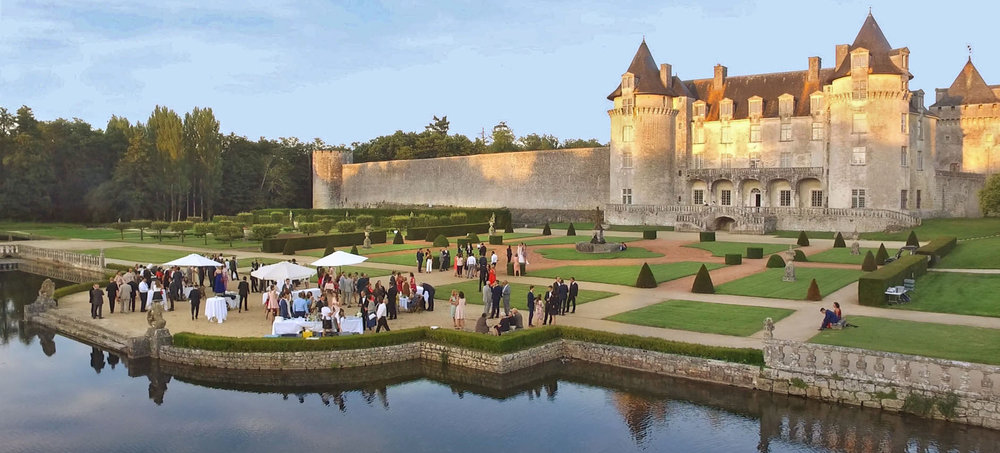 English wedding planner in france