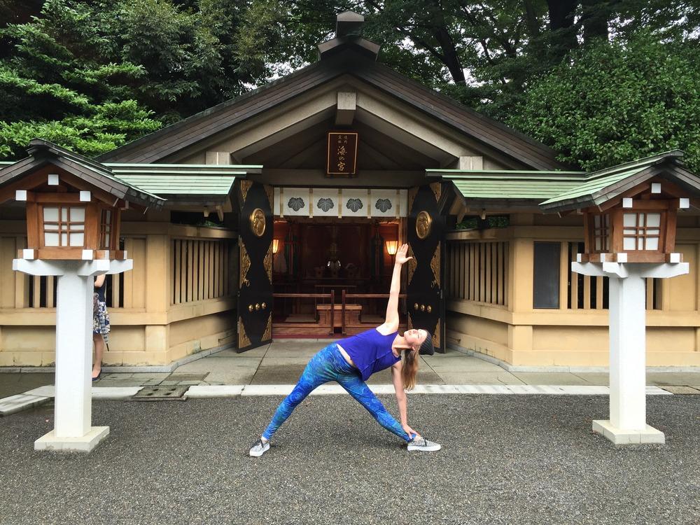 Trikonasana in Harajuku Temple, Tokyo, Japan
