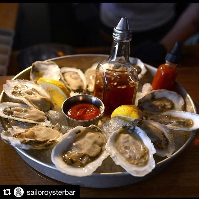 #Repost @sailoroysterbar (@get_repost) ・・・ Get snowed in with us and some drinks and oysters!