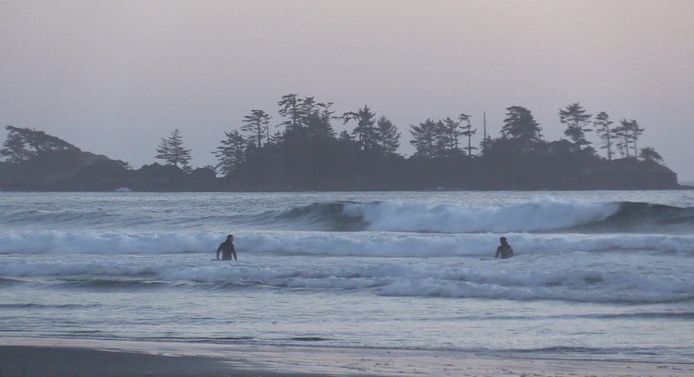 Stealing the last waves before dusk