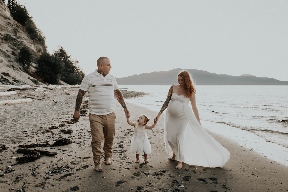 The McLachlans - Sunshine Coast Family Photographer - Thormanby -24.jpg