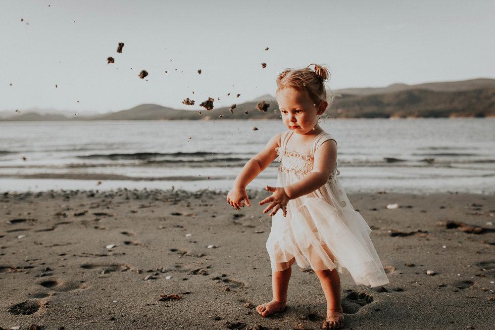 The McLachlans - Sunshine Coast Family Photographer - Thormanby -17.jpg