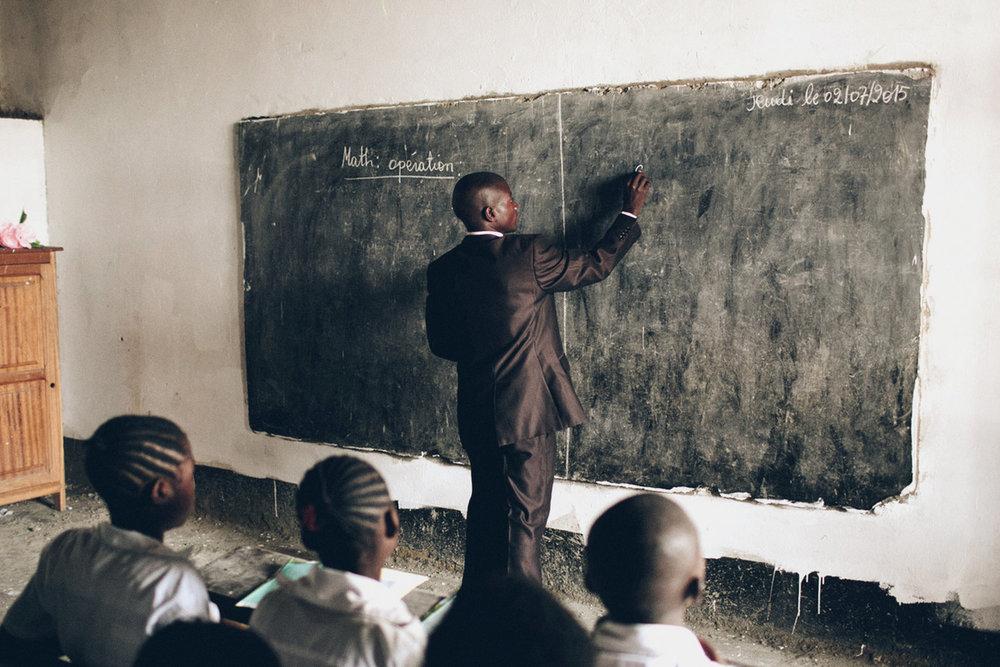 61% - 61% of refugee children attend primary school.
