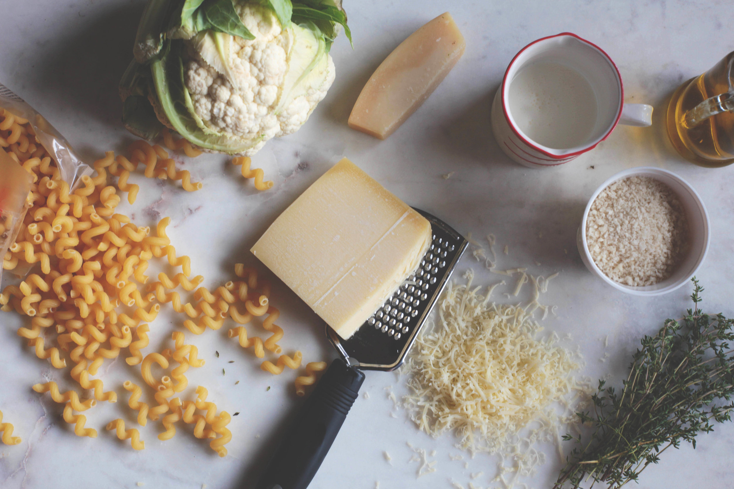Roasted Cauliflower and Thyme Macaroni and Cheese Bake- Tastemaker Blog