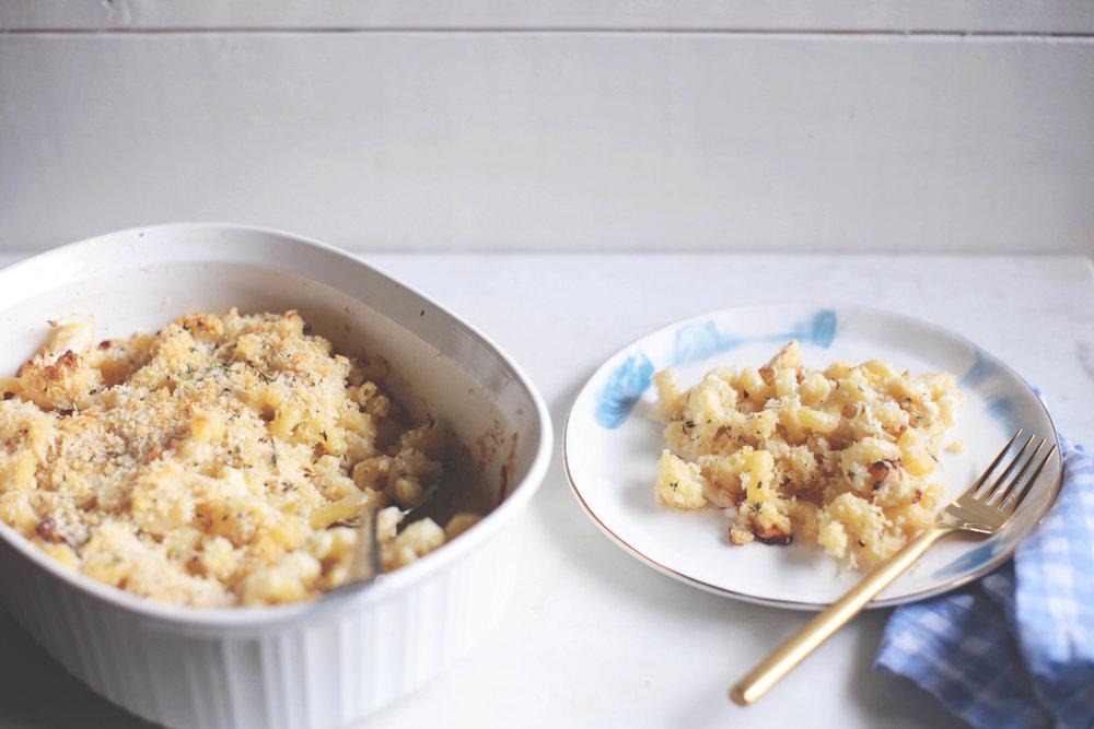 Cauliflower and Thyme Macaroni and Cheese Bake