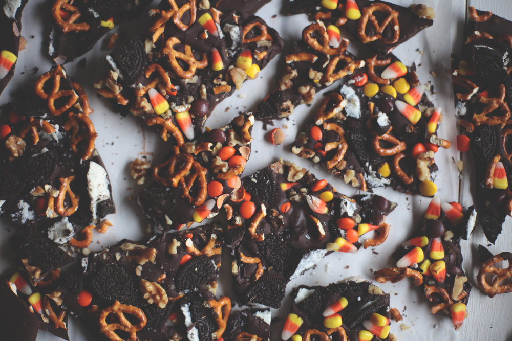 Halloween Cowboy Bark - Tastemaker Blog