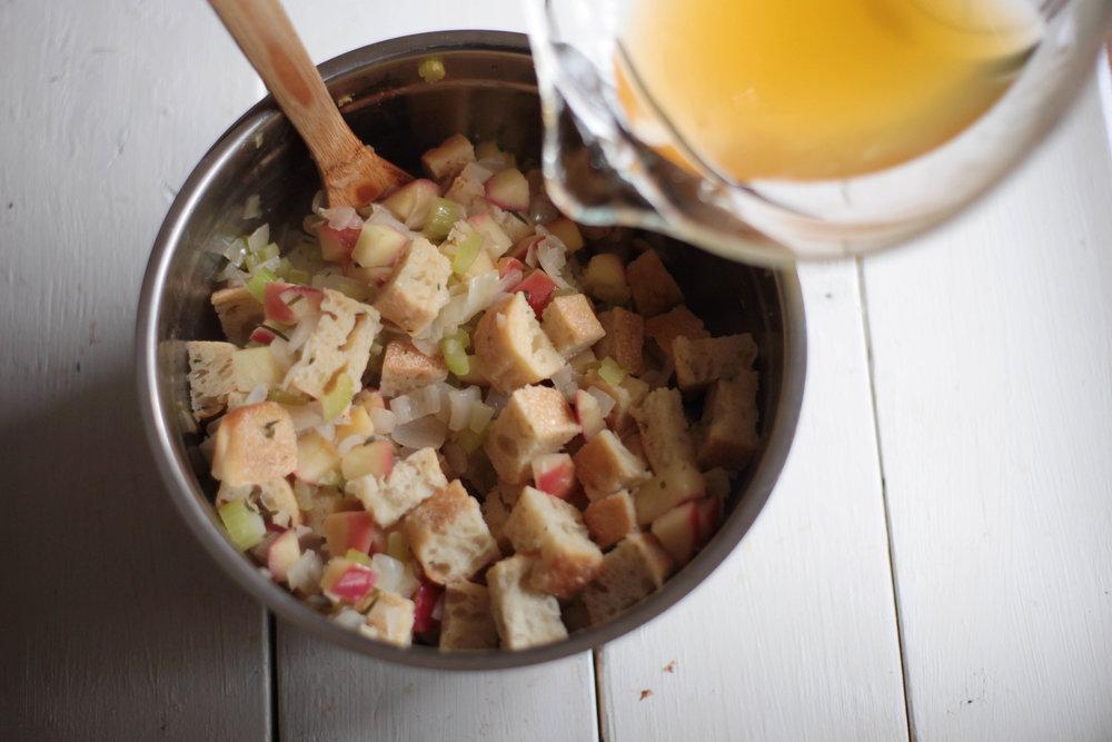 Apple and Onion Stuffing - Tastemaker Blog