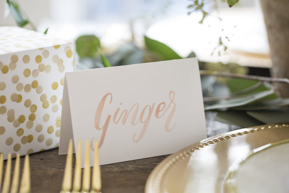 friendsgiving placecards - A collaboration with Greetabl to provide a memorable and beautiful friendsgiving.
