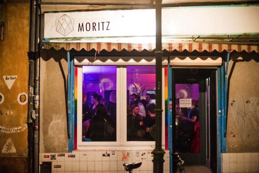 Moritz Bar außen (Bild Lena Meyer) copy.jpg