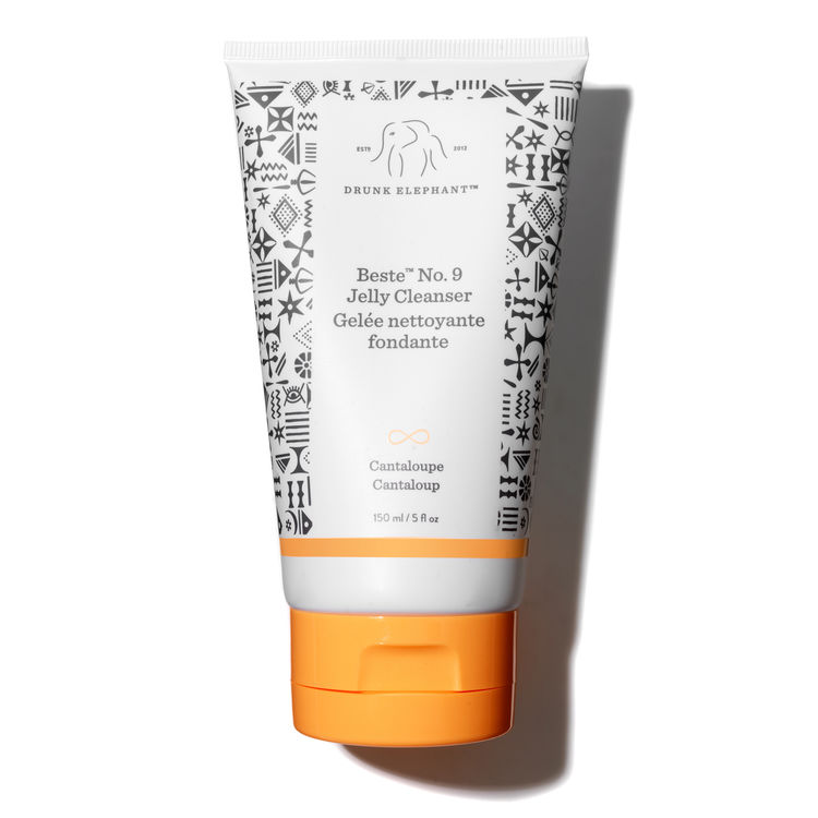 2.Drunk Elephant Beste Facial Cleanser - Facts: Free of essential oils, drying alcohols, chemical screens, fragrance/dyes, SLS oils, and silicones.Shop Here