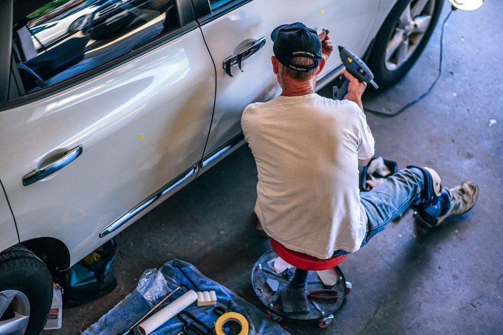 A trustworthy mechanic typically won't mind you watching them work.