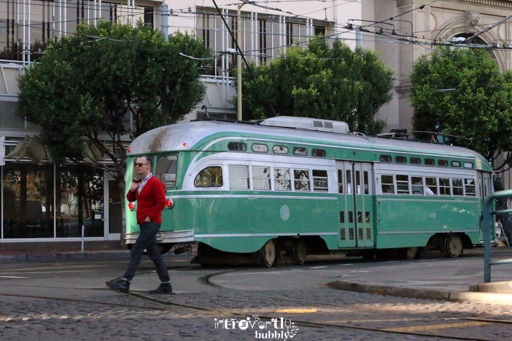 travel--san-francisco-a-day-trip-on-the-f-train-and-back-to-the-loft_16434638593_o.jpg