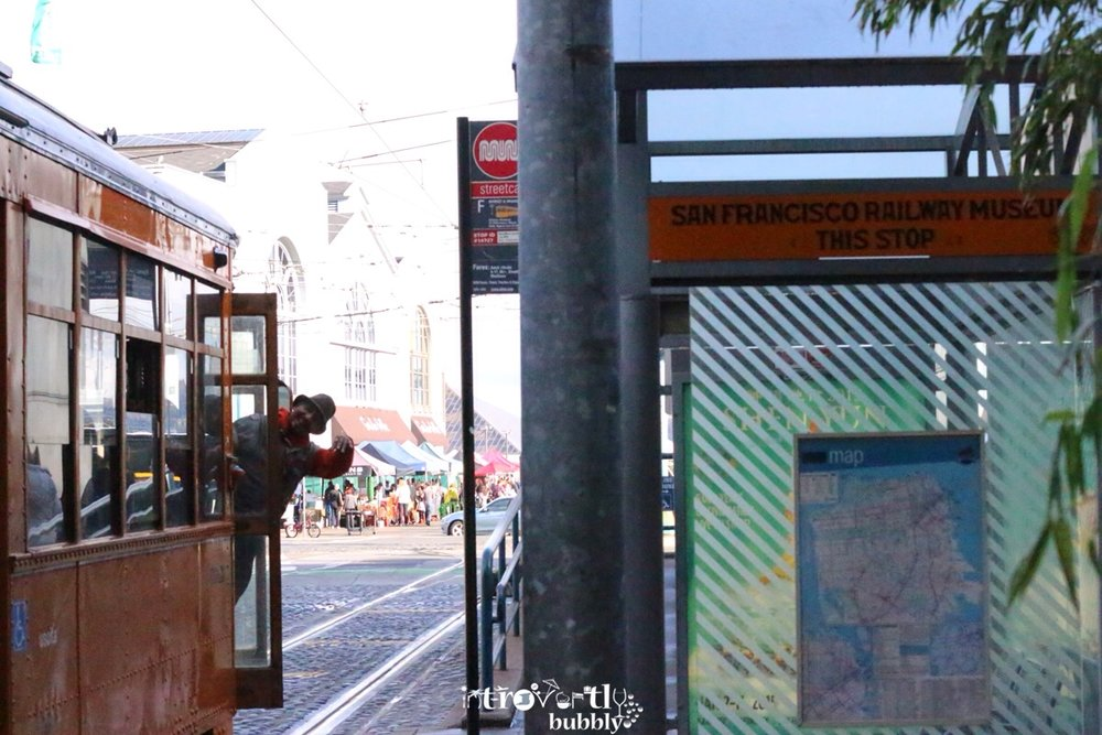 travel--san-francisco-a-day-trip-on-the-f-train-and-back-to-the-loft_16868560969_o.jpg