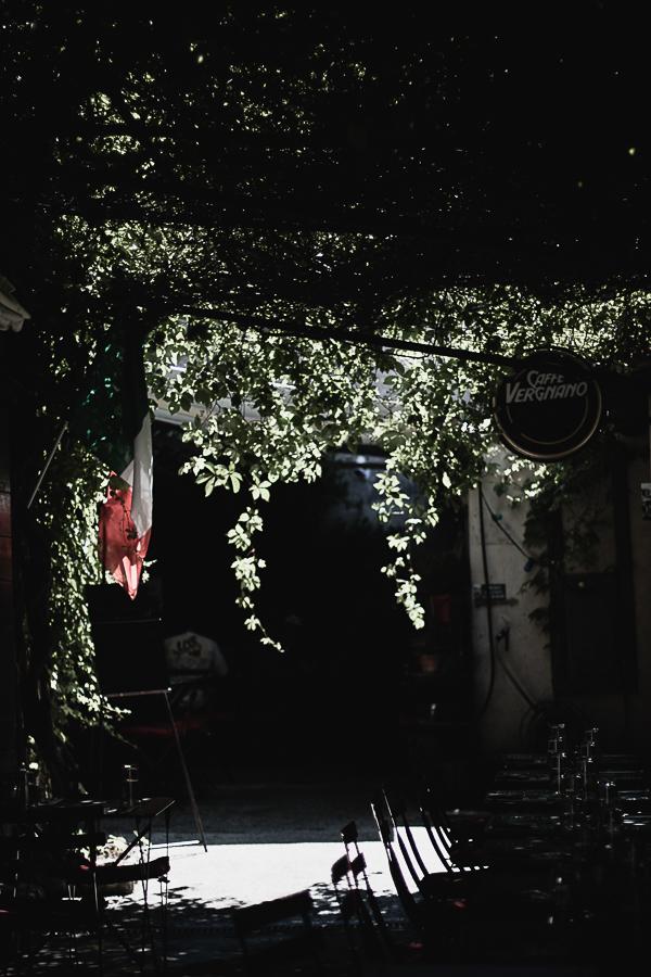 Along Route De Murs, Gordes on the strip is Casa Rosario and Cave a Vin
